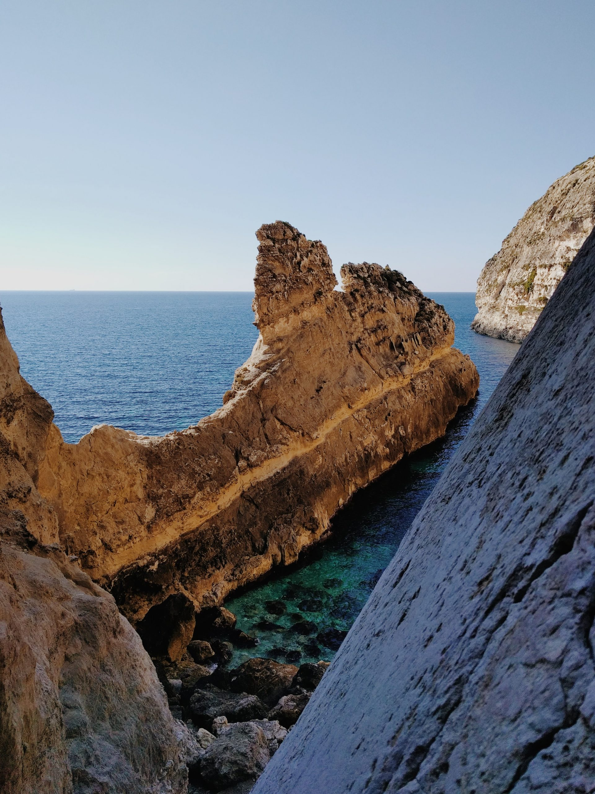 Xaqqa Natural Valley - Malta Boat Trips